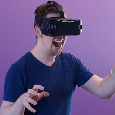How do Wireless VR Escape Rooms work?